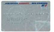 Специальные бонусные карты авиакомпаний позволяют накапливать бесплатные километры полета. По качеству исполнения и по уровню зашиты приближаются к банковским, поскольку фактически являются платежными